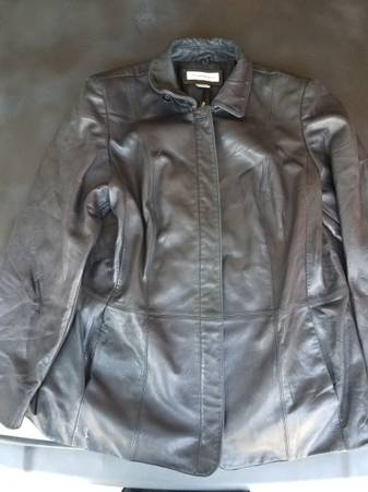 Photo Preston and York womens leather jacket - $50 (Lincoln)