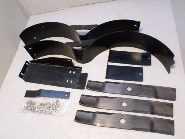 Photo TCB10952 John Deere Mulch Kit 48quot Inch Deck ZTRAK 717 Z510A Z710A Z810 - $225 (Nebraska City)