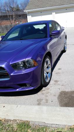 Photo This Loaded quotPurplequot Beauty is a 2014 Dodge Charger RT - $21230 (Lincoln)