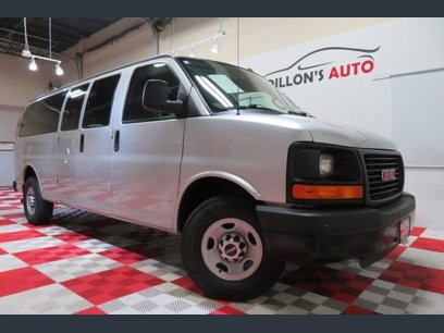 Photo Used 2016 GMC Savana 3500 LS Extended Passenger for sale