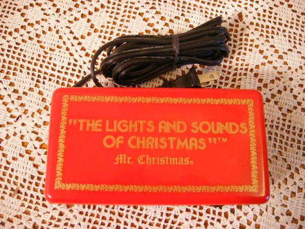 Photo Vintage Mr. Christmas quotThe Lights and Sounds of Christmasquot from 1981 - $10 (Lincoln)