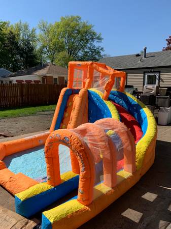Photo Water Park Pool with Slide - $425 (LINCOLN)