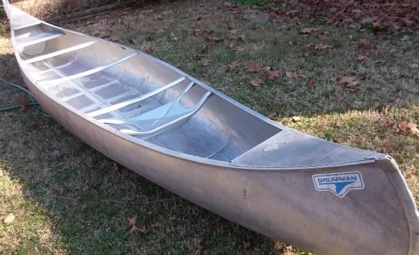 Photo 1739 aluminum grumman lightweight canoe - $450 (mountain home ar)