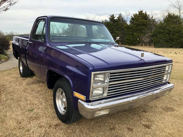 Photo 1981 Chevrolet C10 SWB Restored - LAST CHANCE ON THIS C-10 - $8000 (Greenbrier)