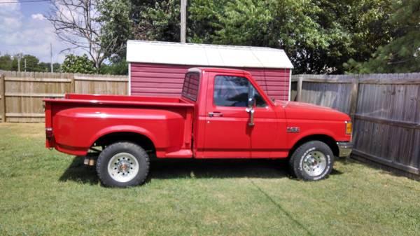 Photo 1987 Ford Truck - $5,999 (Mt. Ida)