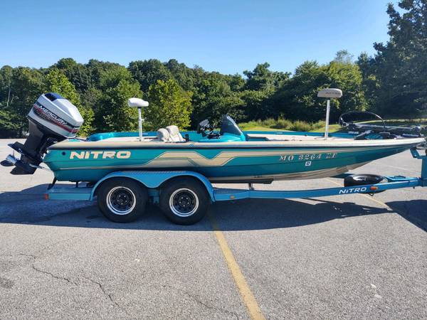 Photo 1996 Nitro Bass Boat - $9,250 (Rogers)