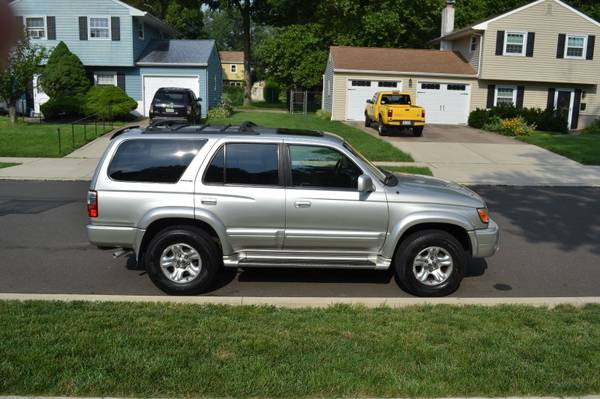 Photo 2002 Toyota 4Runner 4x4 limited - $1,200