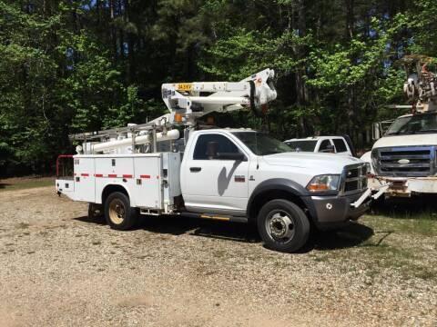 Photo 2011 Dodge Ram 5500 Bucket Truck, 4X2, Working Height--42.539 Squirt - $27,000 (Hope)