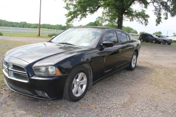 Photo 2012 Dodge Charger -- black - $5595 (Clarksville, AR)