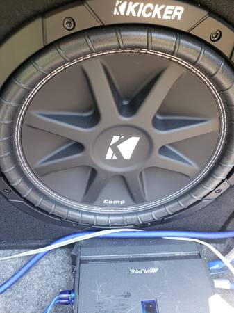 Photo 2 12quot kicker comp subs with alpine mono  - $450 (Hot springs)