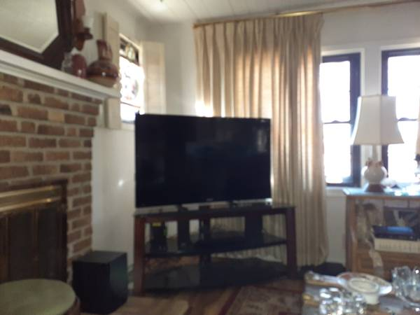 Photo 50 Inch Sanyo Flat Screen Smart TV. - $120 (hot springs)