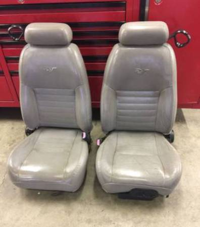 Photo 99 - 04 FORD MUSTANG GT GREY LEATHER OEM SEATS - FULL SET - $300 (Conway, ar)