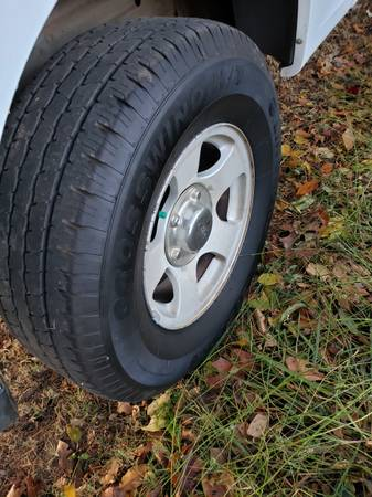 Photo -A BARGAIN- 16quot Ford F150 Tires  Wheels - $225 (Clarksville)