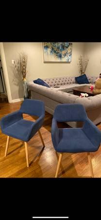 Photo Chair accent chair blue - $35 (Little Rock)