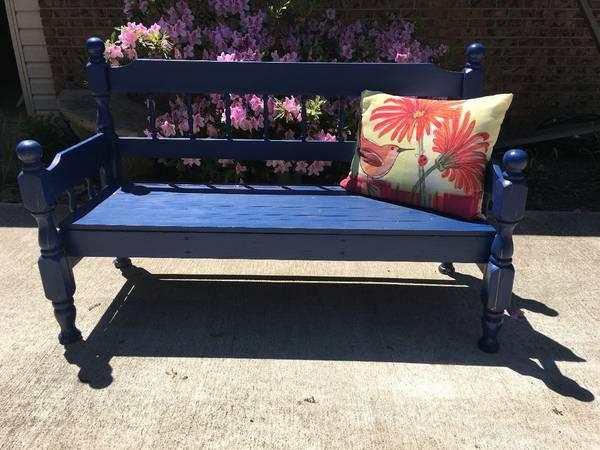 Photo Garden Bench - $40 (North Little Rock)