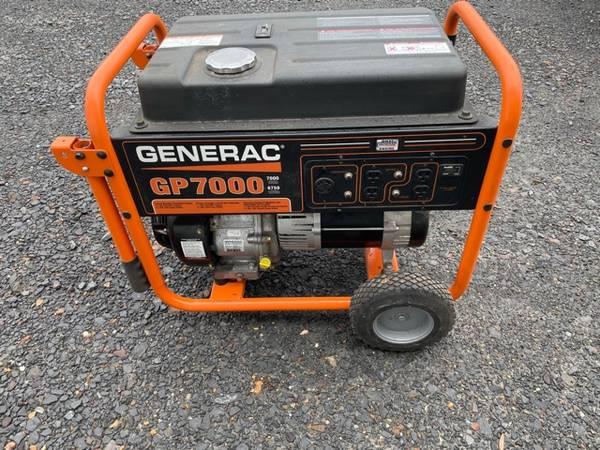 Photo Generac 7000 8750 generator - $750 (Little Rock)