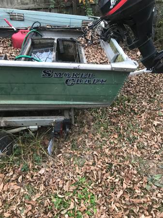 Photo Good boat needs tlc - $1,000 (Searcy)