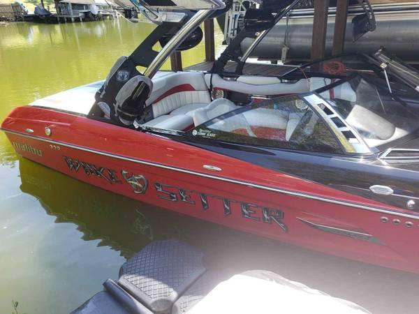 Photo Malibu 22MXZ - $64000 (North Little Rock)
