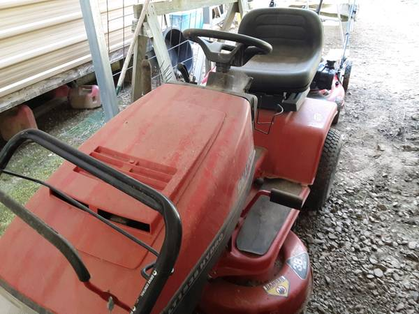 Photo Snapper riding mower - $300 (Beebe)