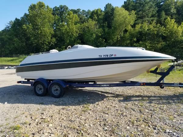 Photo Tahoe Deck Boat - $10,500 (Hot Springs)