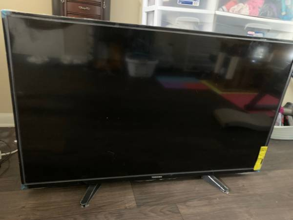 Photo Toshiba 50-inch Smart TV 4K UHD TV - Fire Tv Edition - $150 (North Little Rock)