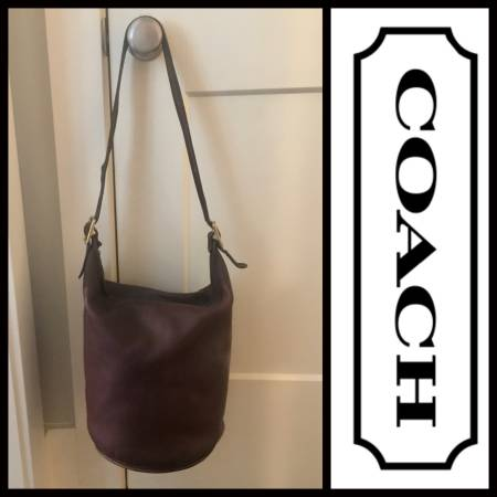 Photo VINTAGE COACH BROWN LEATHER HOBO BUCKET BAG - $245 (Conway)