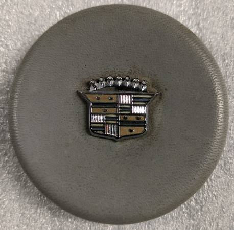 Photo 1965 1966 Chevy Impala Cadillac Tilt Telescopic Horn Button - $350 (Seaford)