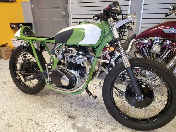Photo 1972 Honda CB 350 - $5,000 (PORT JEFFERSON STATION)