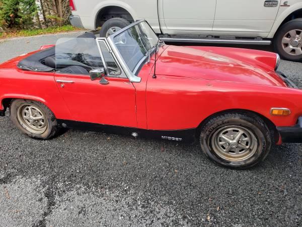 Photo 1976 MG Midget Red - $3,500 (Blue Point)