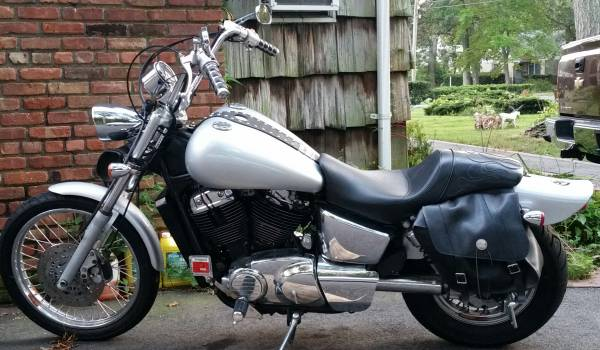 Photo 1996 Honda Shadow VT1100 American Classic Edition - $2,000 (FIRM ,Patchogue)