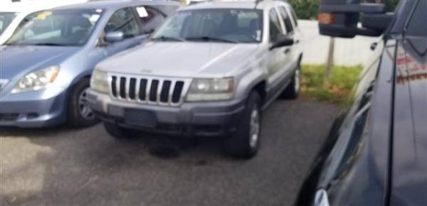 Photo 2002 Jeep Grand Cherokee Laredo 4WD SUV (Mastic)