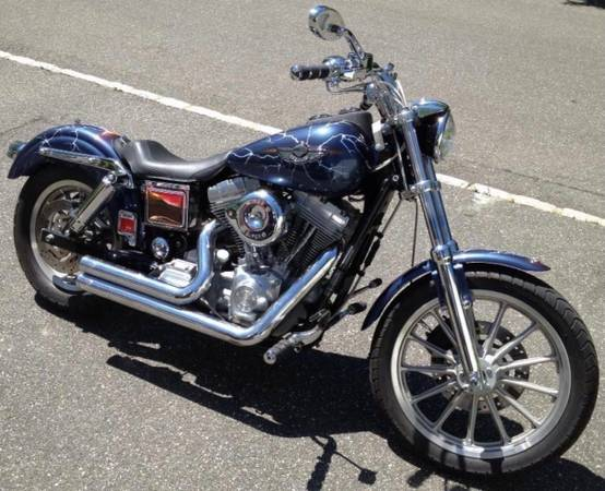 Photo 2003 Harley Davidson 100th Anniversary Dyna Superglide - $6,449 (Smithtown)