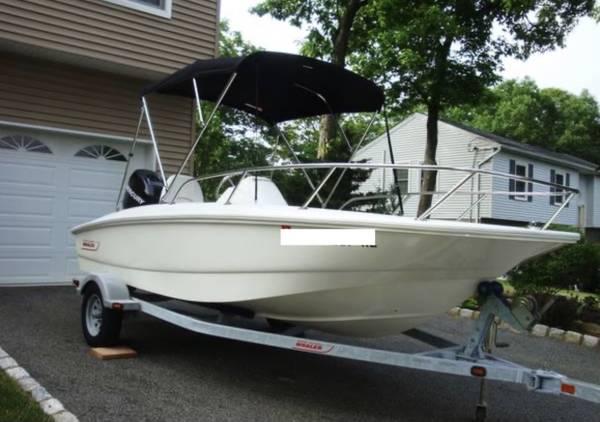 Photo 2011 Boston Whaler 150 SS - $18,500 (West Babylon)