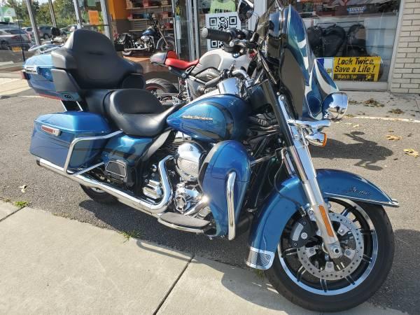 Photo 2014 Harley Davidson FLHTK Ultra Classic Limited - $15,999 (Port Jefferson Station NY)