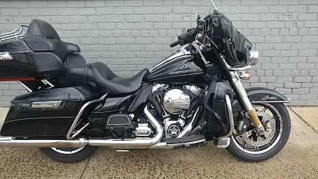 Photo 2014 Harley Davidson Ultra Classic LTD - $8,300 (Holtsville)