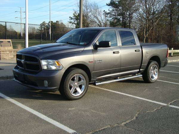 Photo 2014 RAM 1500 PICK UP 4X4 HEMI158K MILES CLEAN IN  OUT RUNS PERFECT - $11500 (RONKONKOMA)