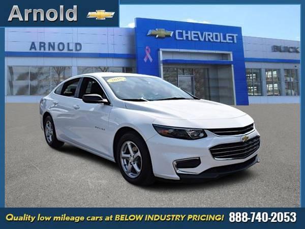 Photo 2016 Chevrolet Malibu - MINT CONDITION - $14988 (2016 Chevrolet Malibu West Babylon)