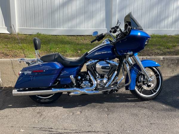 Photo 2017 FLTRXS ROAD GLIDE SPECIAL - U2967 - $18,995 (Bellmore)