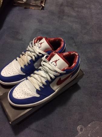 Photo Air Jordan 1 Retro Low East Side - $200 (Upper East Side)