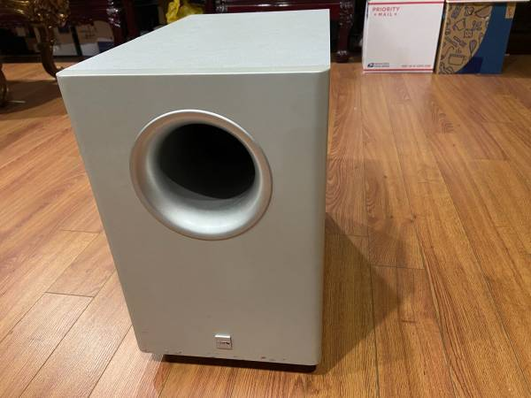 Photo CANTON AS 10 SC POWERED SUBWOOFER - $70 (Stony Brook)