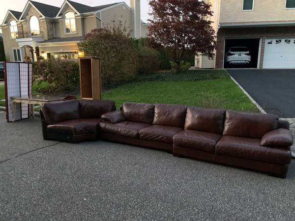 Photo CURB ALERT- leather couch, large marble desk,  more (Bayville, NY)