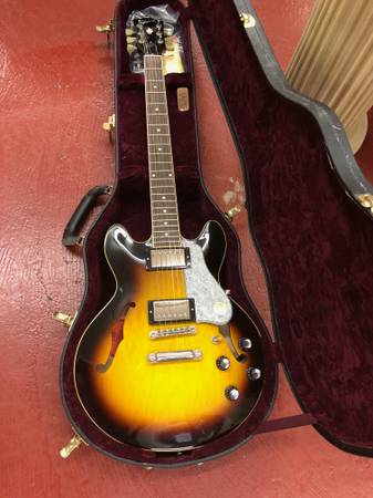 Photo Gibson ES-339 Custom Shop MINT - $2,600 (Oakdale)
