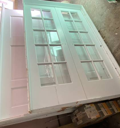 Photo Glass interior doors 48 inches French double door prehung - $400 (Bay Shore)