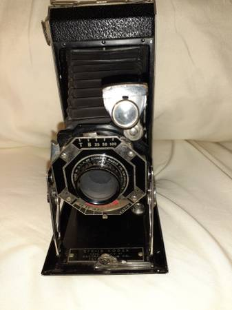 Photo Kodak Vintage Six-16 Folding Bellows Art Deco Camera - $50 (Copiague)