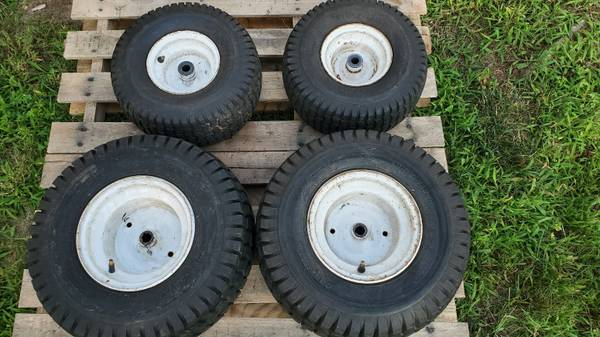 Photo Lawn Tractor Tires on Wheels - Craftsman - $15 (Miller Place)