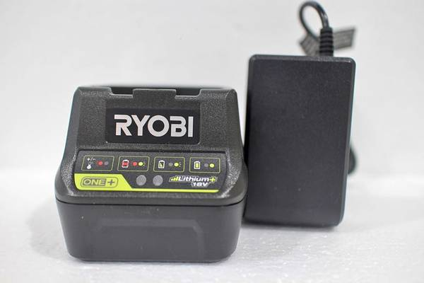 Photo Ryobi 18v Lithium Battery Charger One NEW READ - $20 (Oceanside, NY)