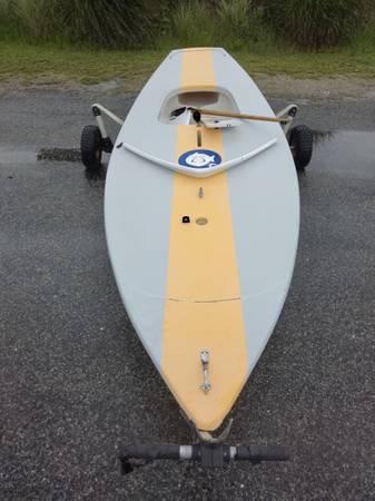Photo Sunfish sailboat w sail, rudder and centerboard - $2,500 (Quogue)