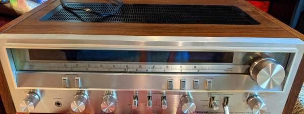Photo Vintage Pioneer SX-3700 AMFM Stereo Receiver - $250 (Huntington Station)