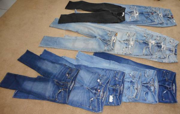 Photo Womens American Eagle Gap Lee Jeans - $20 (Seaford)