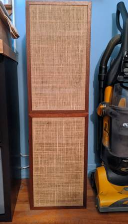 Photo awesome - Dynaco A25 Speakers (2) - $400 (selden -exit 62)